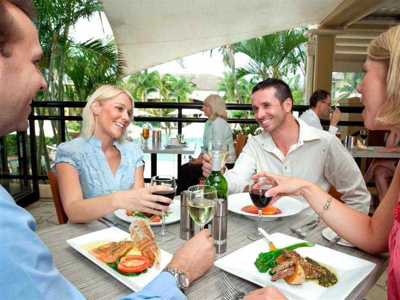 Mercure Gold Coast Resort Personen