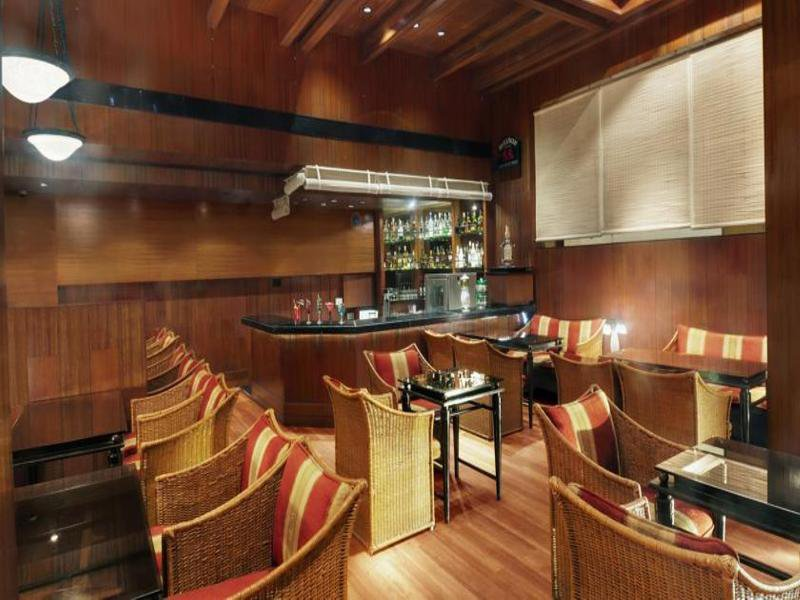 Kohinoor Continental Bar
