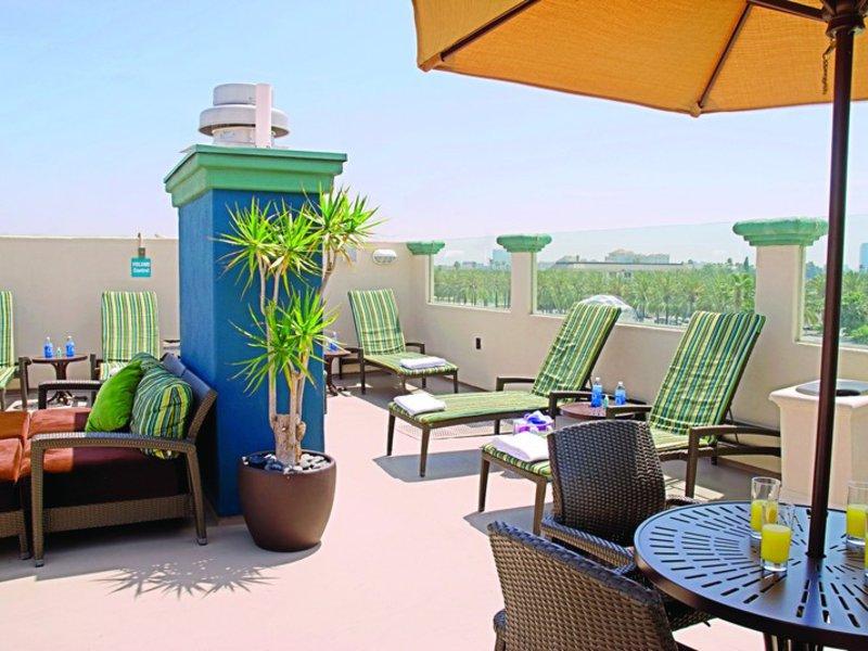 Peacock Suites Terrasse