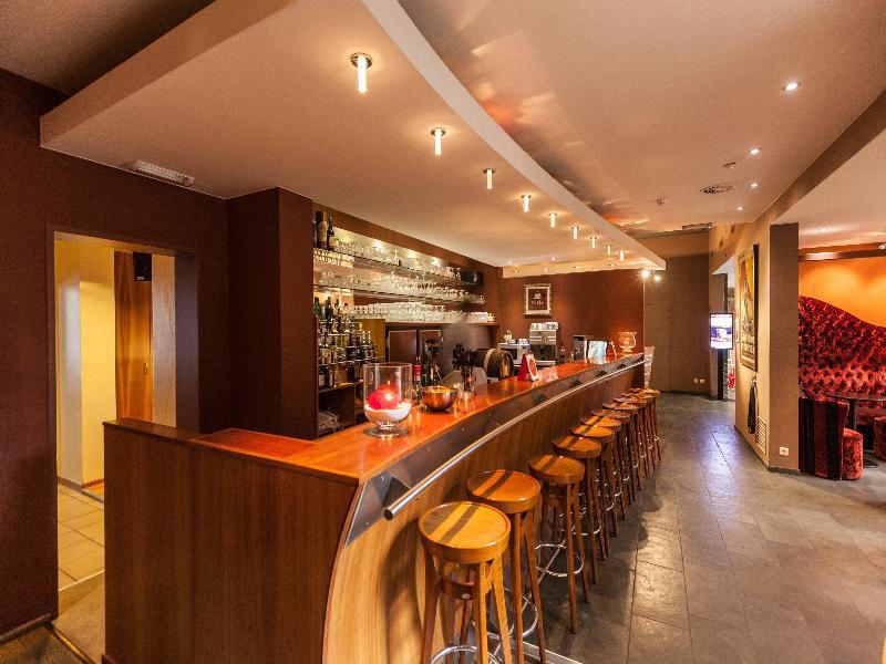 Academie Bar