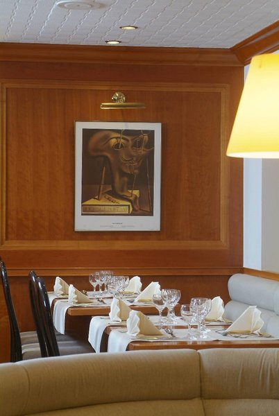 Castelnou Restaurant