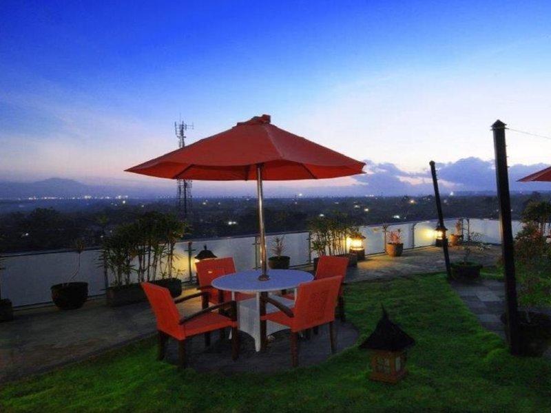 Denbukit Residence & Suite Garten