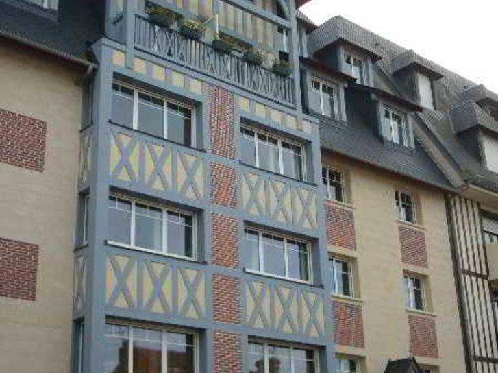 Qualys-Hotel Almoria Außenaufnahme