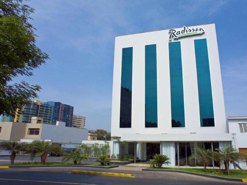 Radisson Hotel San Isidro Außenaufnahme