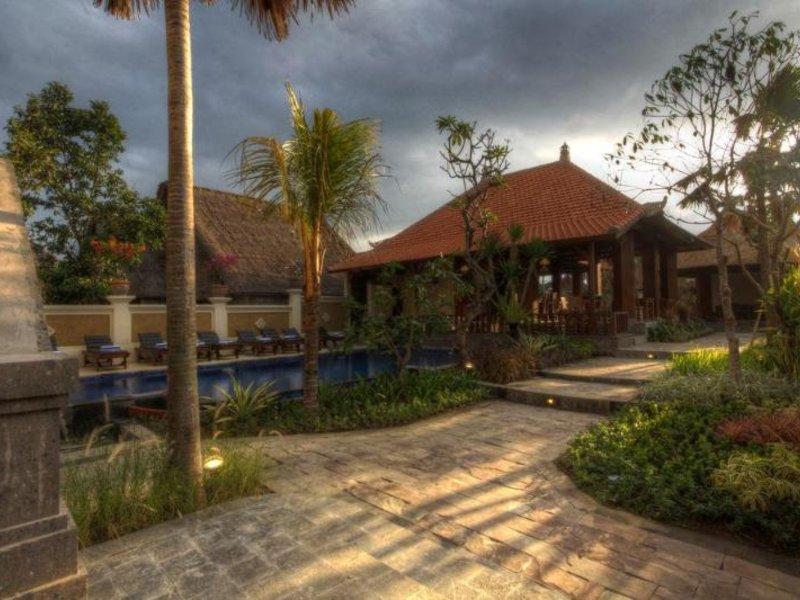 Inata Monkey Forest Hotel Ubud Außenaufnahme
