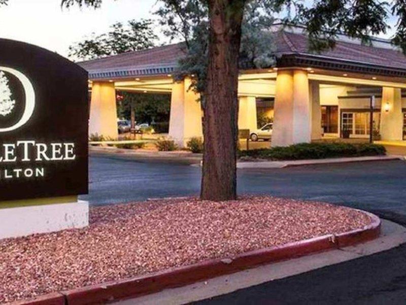 DoubleTree by Hilton Colorado Springs Außenaufnahme