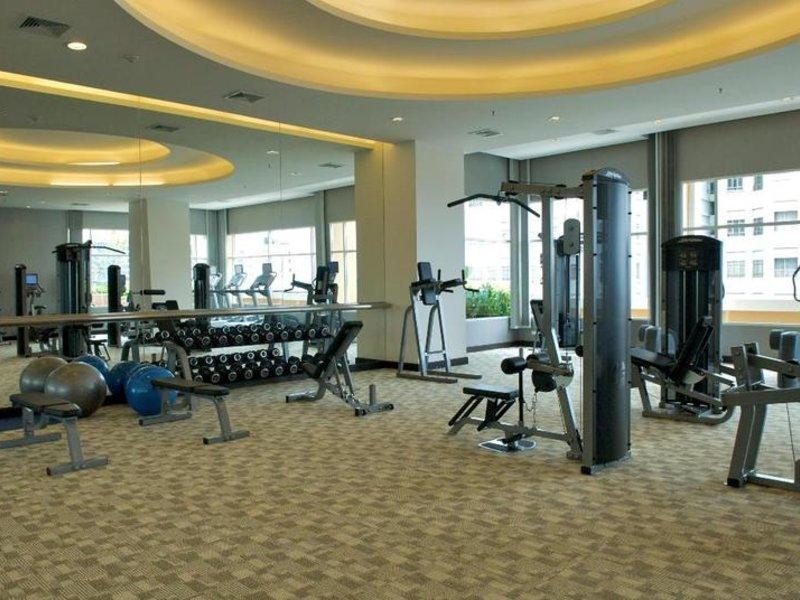 The Narathiwas Hotel & Residence Sathorn Bangkok Sport und Freizeit