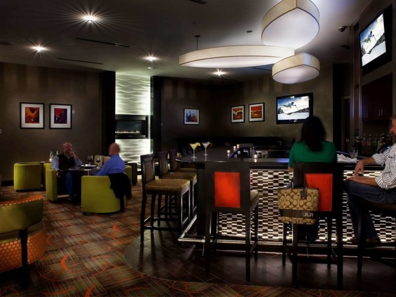 Hilton Garden Inn Denver/Cherry Creek Restaurant