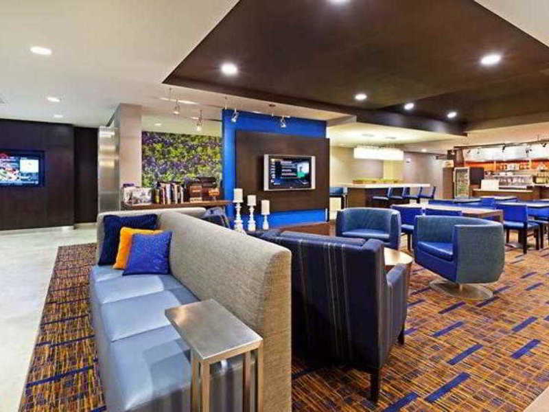 Austin Marriott South Bar