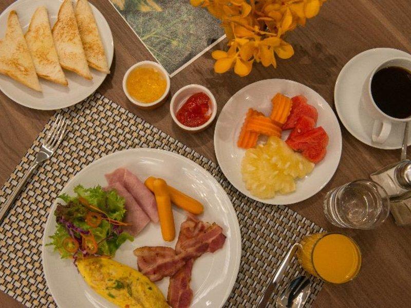 Maven Bangkok Hotel Restaurant