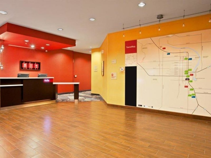 TownePlace Suites Carlsbad Lounge/Empfang