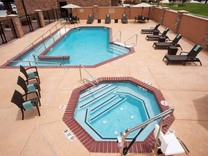 TownePlace Suites Carlsbad Pool