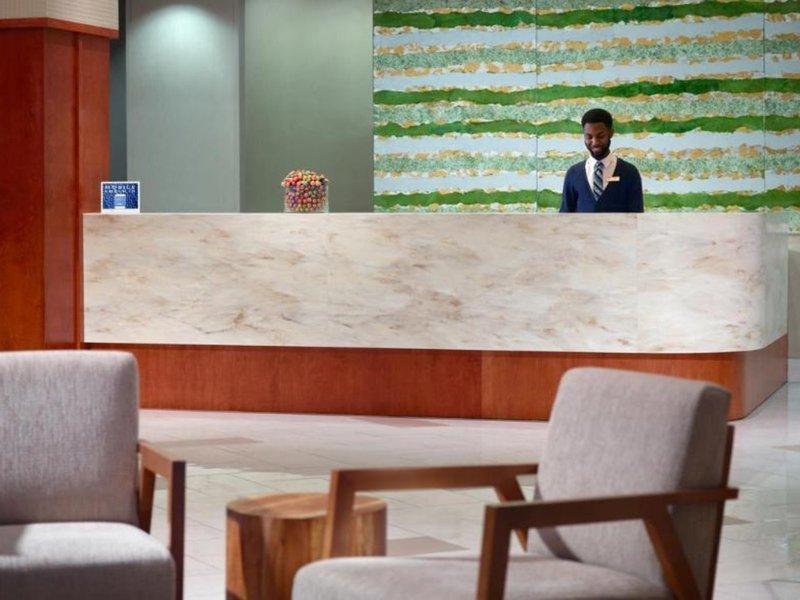 Springhill Suites Atlanta Buckhead Bar