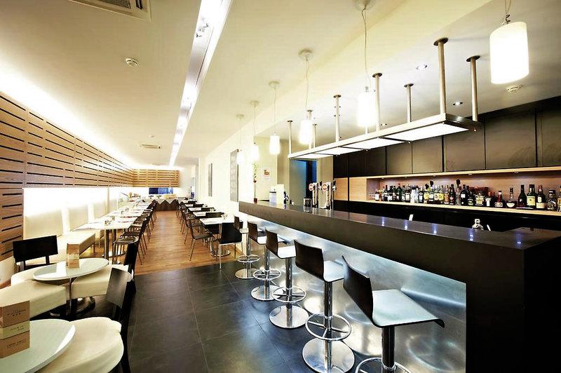 Hotel de La Couronne Bar