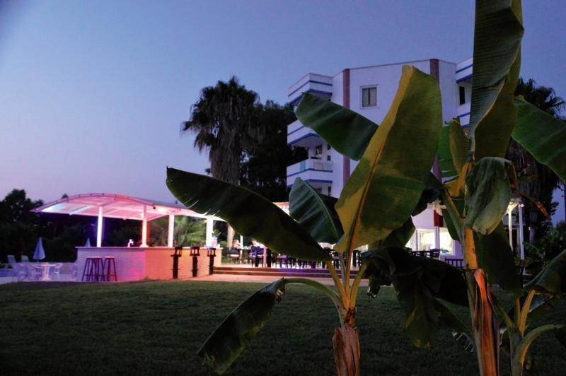 Skys Hotel Garten