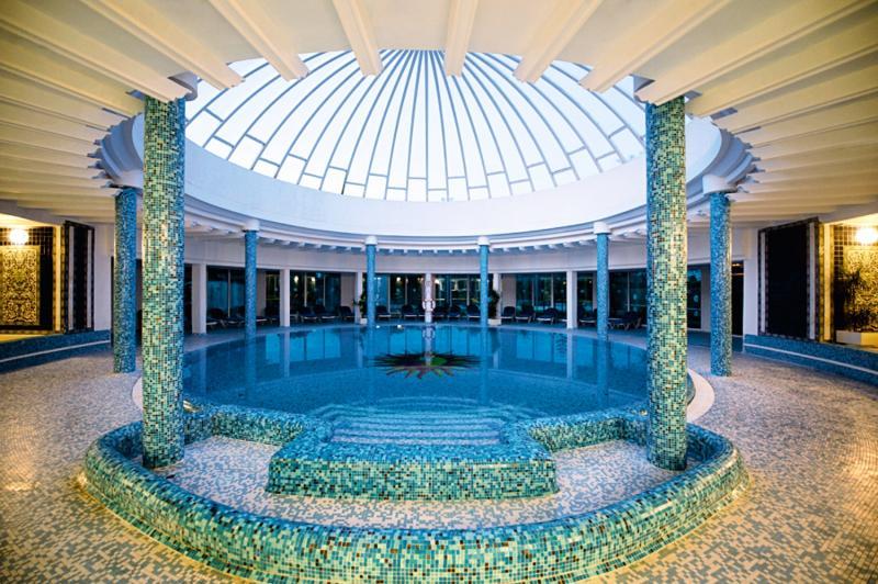 Le Royal Hotel Hammamet Hallenbad