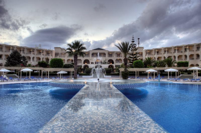 Le Royal Hotel Hammamet Pool