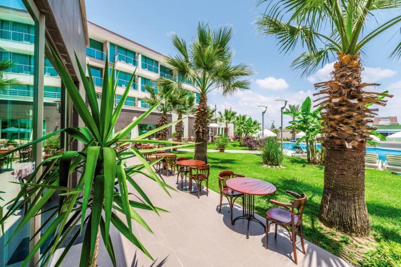 Löwe Hotel Garten