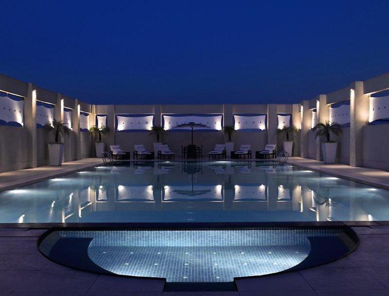 Hilton Garden Inn New Delhi Pool