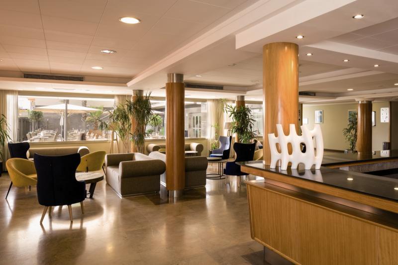 H TOP Pineda Palace Lounge/Empfang