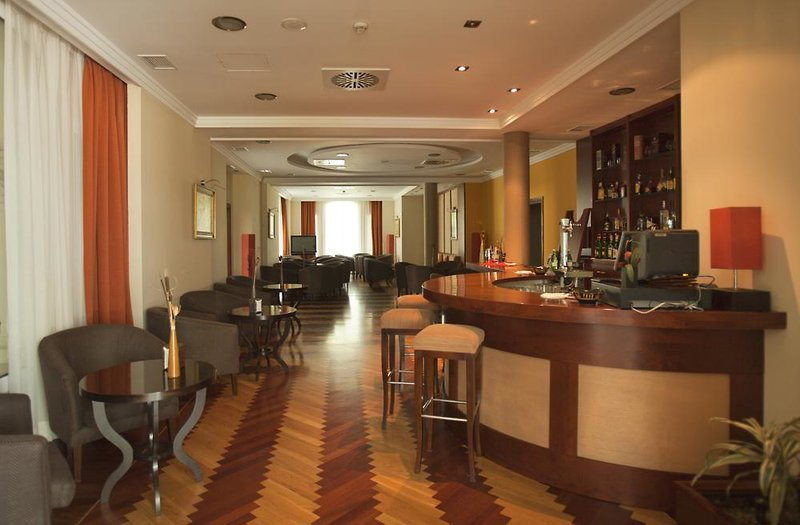 Castilla Termal Balneario de Solares Bar