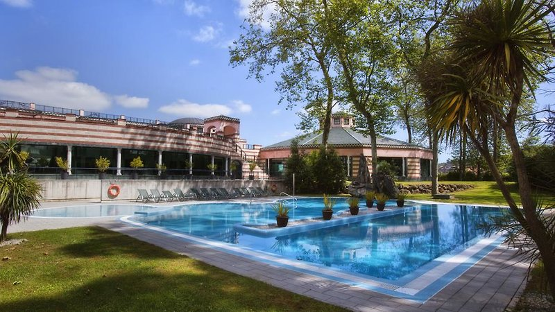 Castilla Termal Balneario de Solares Pool