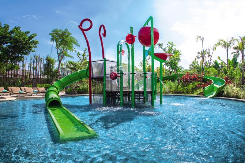 Mövenpick Resort & Spa Pool