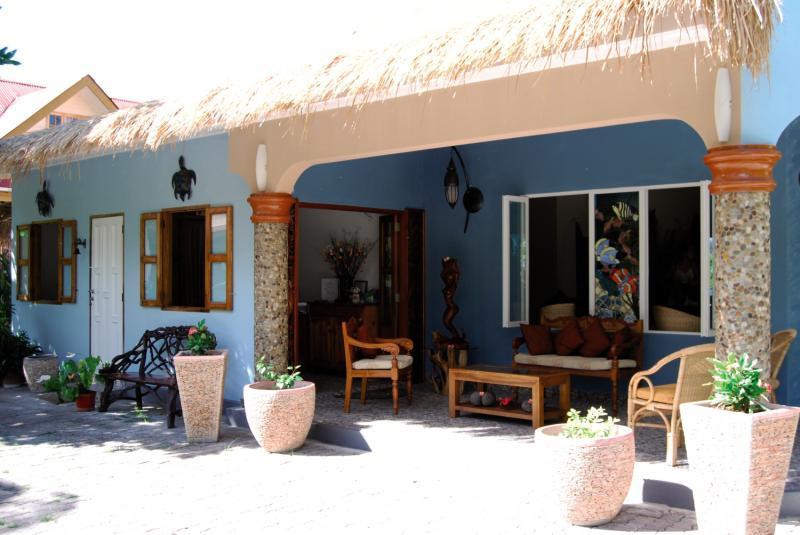 The Islander Guesthouse Terrasse