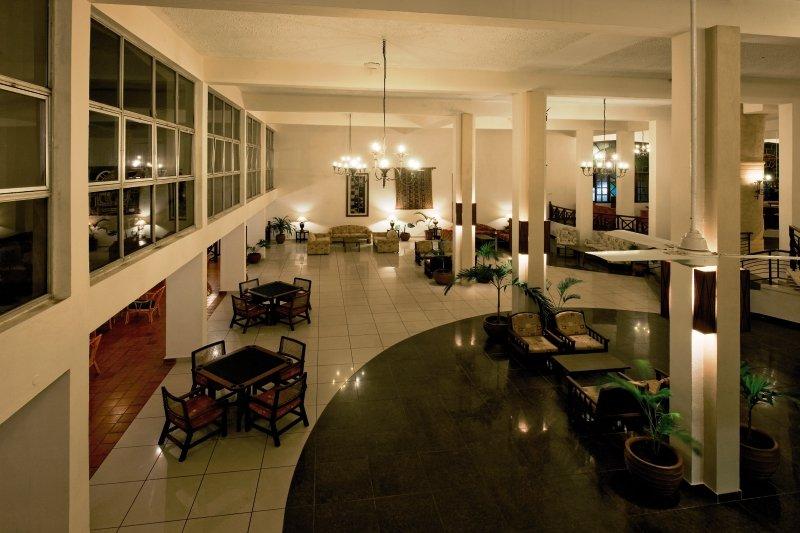 Neptune Beach Resort Lounge/Empfang