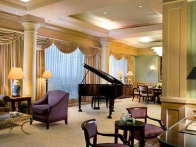 JW Marriott Hotel Surabaya Lounge/Empfang