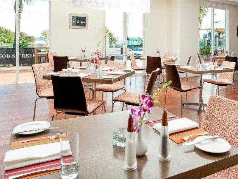 Novotel St.Kilda Restaurant