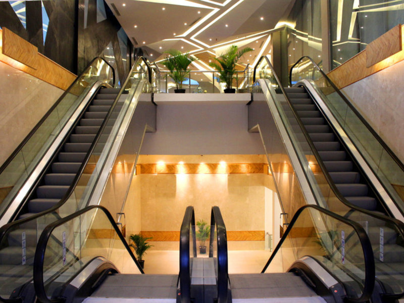 HARRIS Hotel & Conventions Gubeng Surabaya Hallenbad