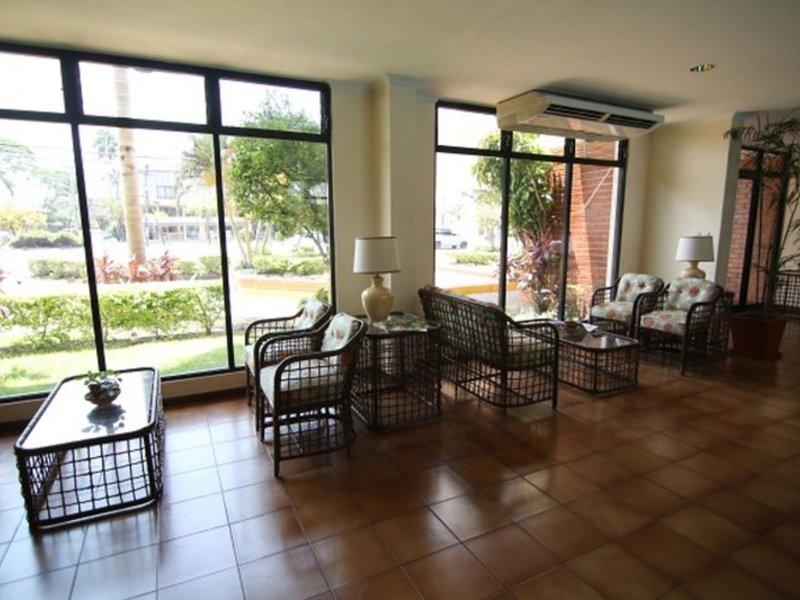 Las Palmas Lounge/Empfang