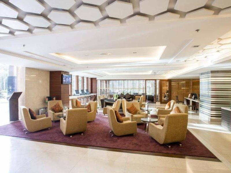 The Grand Fourwings Convention Hotel Lounge/Empfang