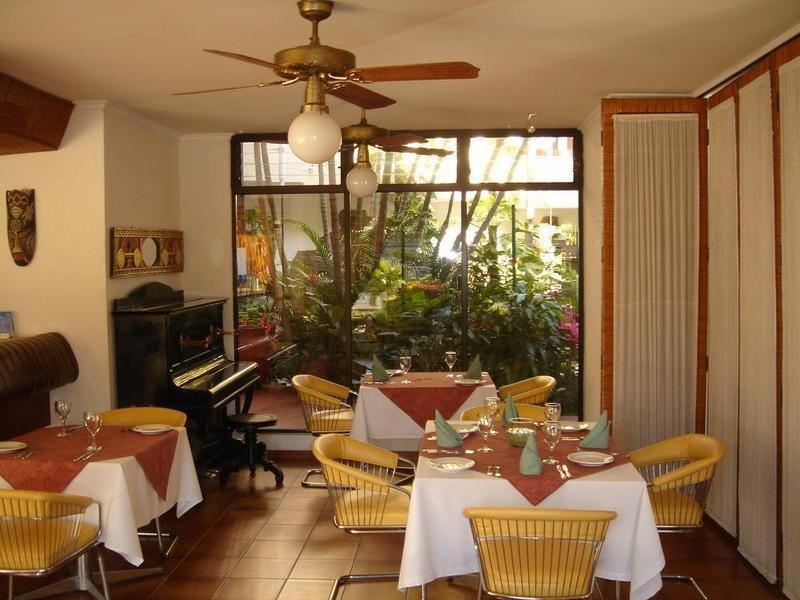 Las Palmas Restaurant