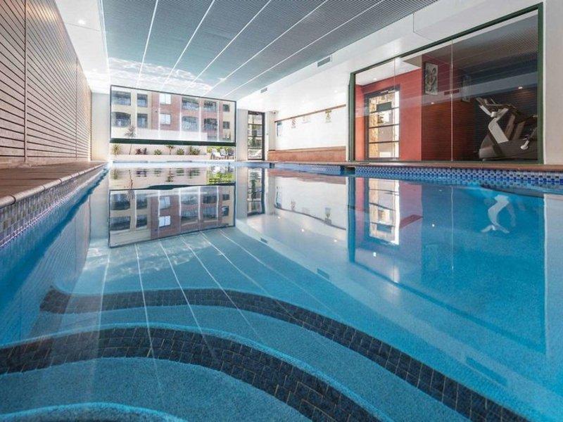 Waldorf Randwick Serviced Apartments Hallenbad