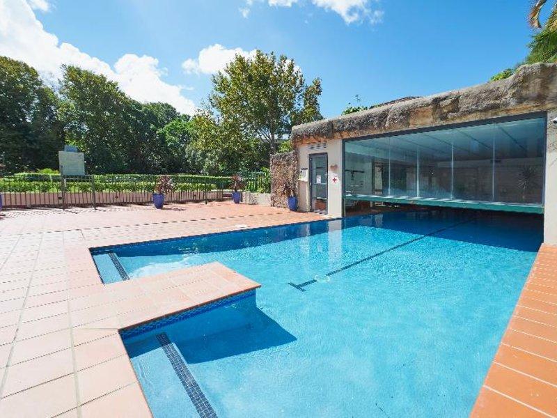 Waldorf Randwick Serviced Apartments Pool