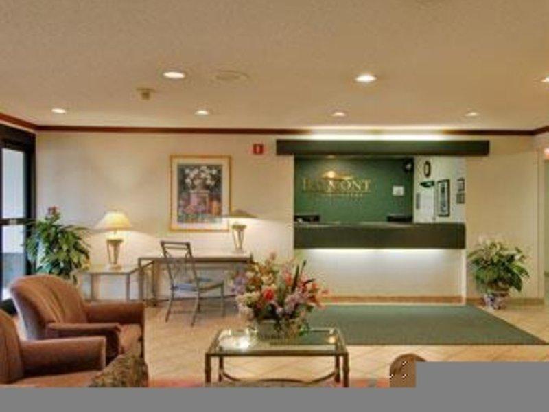 Baymont Inn & Suites Nashville / Brentwood Lounge/Empfang