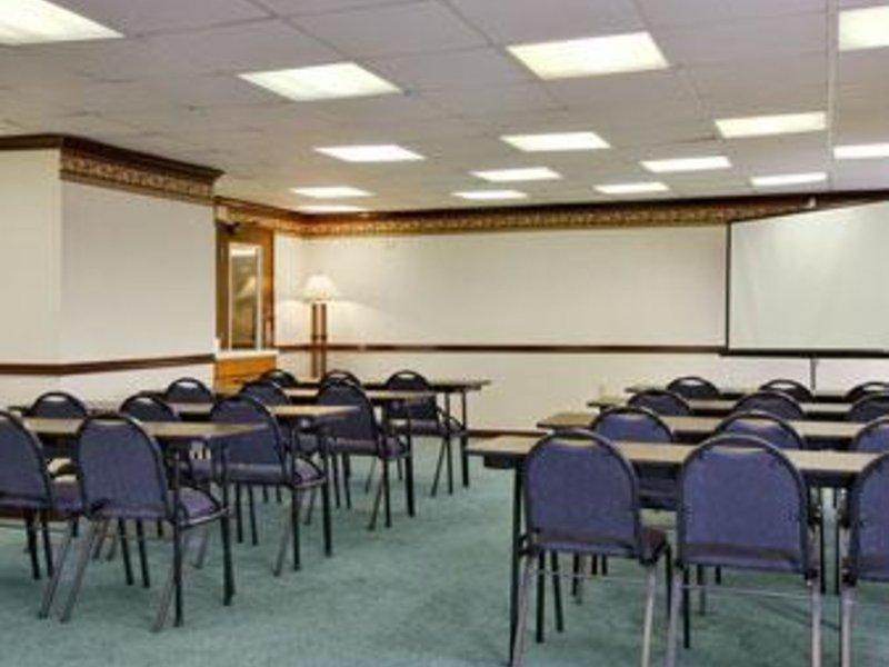 Baymont Inn & Suites Nashville / Brentwood Konferenzraum