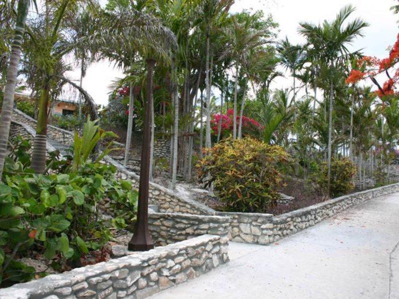 Orange Hill Beach Inn Garten