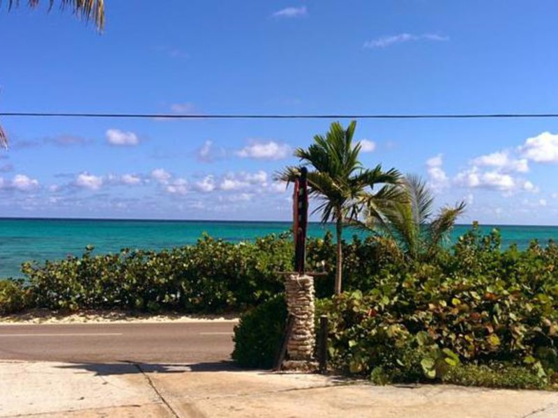 Orange Hill Beach Inn Strand