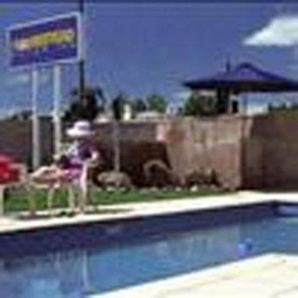 Bendigo Homestead Motor Inn & Apartments Pool