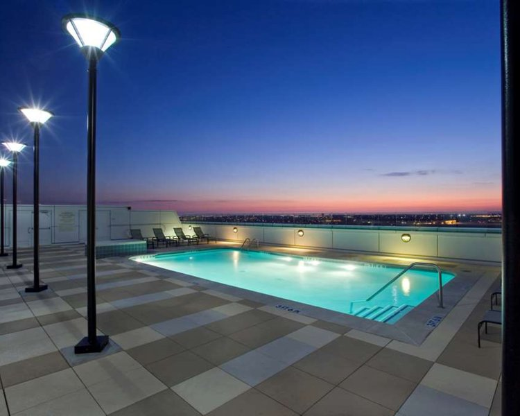 Grand Hyatt DFW Pool