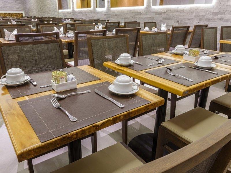 Atlantico Travel Copacabana Restaurant