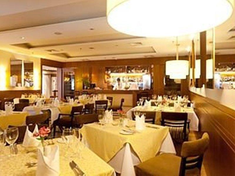 Gran Estanplaza Berrini Restaurant