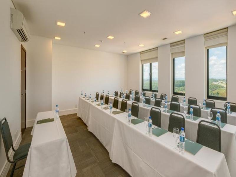 Linx Hotel Confins International Airport Konferenzraum
