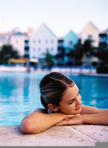 Atlantis Paradise Island - Harborside Resort Pool