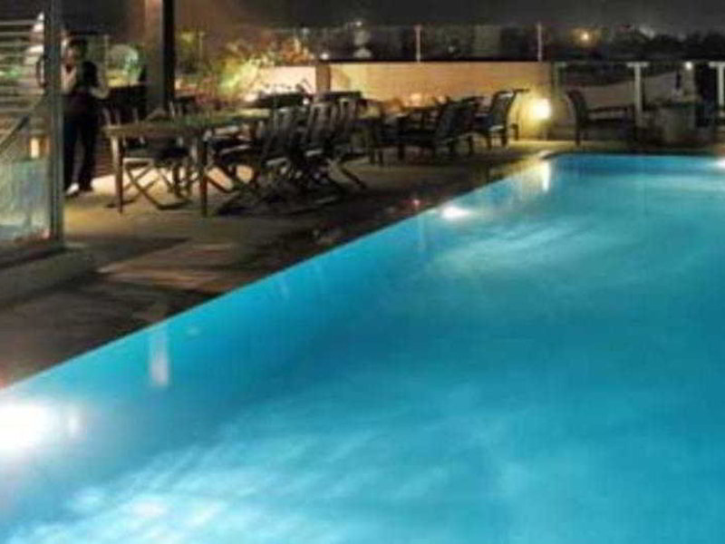 The Central Park Hotel Pool