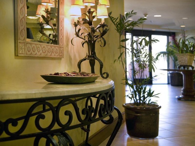Hampton Inn San Diego Del Mar Wellness