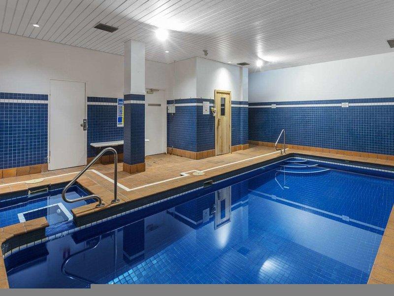 Waldorf Woolloomooloo Waters Serviced Apartments Hallenbad